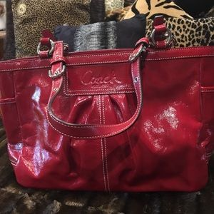 Coach East West Gallery Tote RED